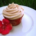 Straw-berry cupcakes forever!  Perfect for the Summer!