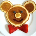 Surprise your tot with this Mickey Mouse breakfast on his first day back to school! His smile will be worth the effort!