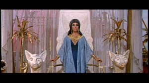 The ultimate Cleopatra with a distinctively 60&#039;s style, Elizabeth Taylor!