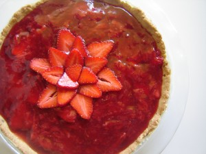 Celebrate the season with this sweet and easy strawberry pie!