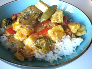 Keep your New Year's resloution to eat healthier with this easy to prepare vegetarian Thai curry!